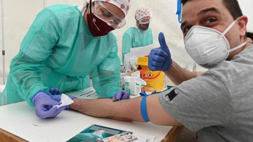 Torrejón de Ardoz inicia un estudio de inmunidad con gran afluencia de vecinos