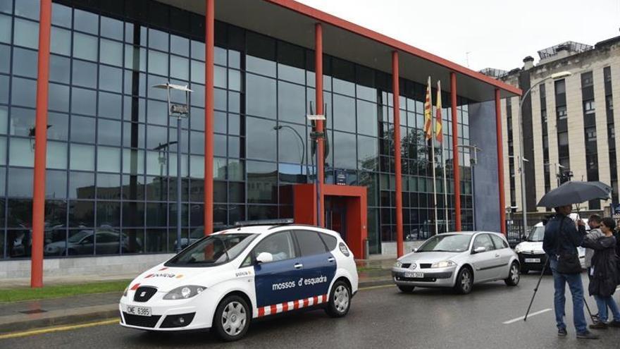 La Guardia Civil entra de nuevo en la comisaria de los Mossos de Lleida