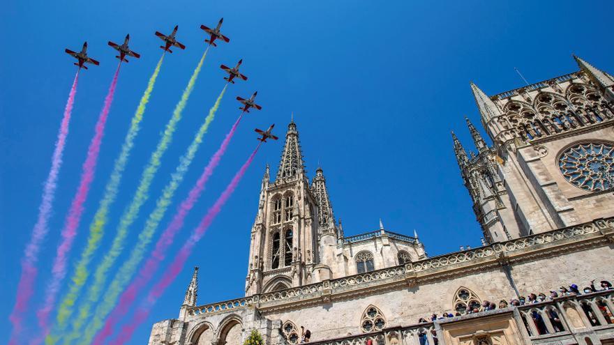Burgos conmemora los ocho siglos de vida de su catedral, que luce espléndida