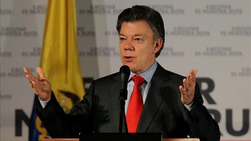 """Santos dice que hoy espera """"buenas noticias"""" de los diálogos de paz en Cuba"""
