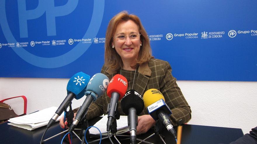 El PP exige explicaciones a la alcaldesa de Córdoba sobre una diplomatura desaparecida ayer de su currículum