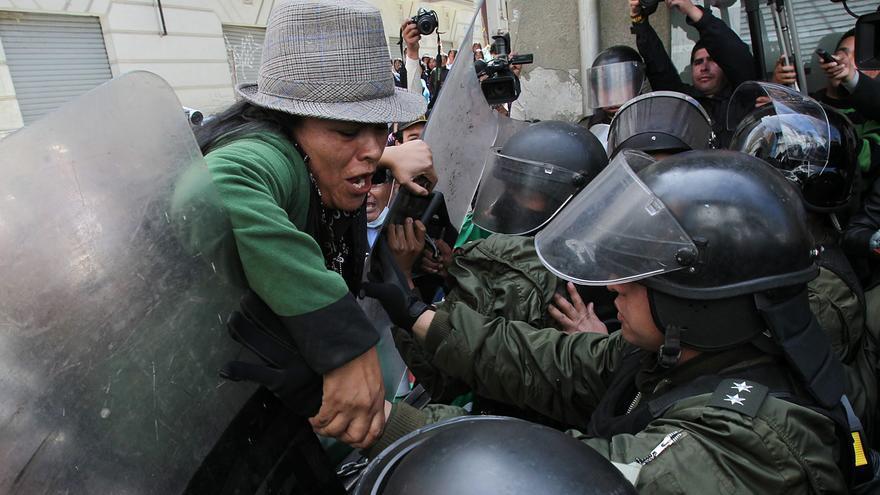 Una denuncia penal de Morales contra tres medios moviliza a los periodistas