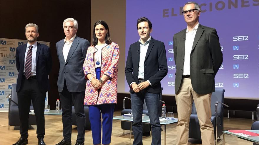 Igual defiende la gestión del PP y PSOE, PRC, UxS y Cs confían en que los vecinos voten por el cambio