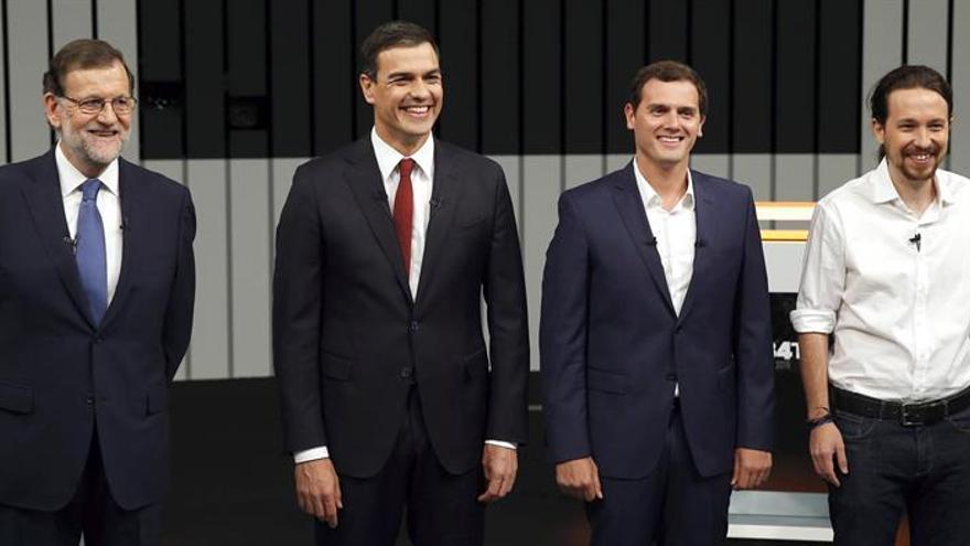 De izquierda a derecha, Rajoy, Sánchez, Rivera e Iglesias
