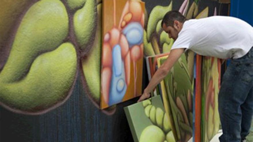 Los graffitis del canario Víctor Pacheco Kob recorrerán Barcelona