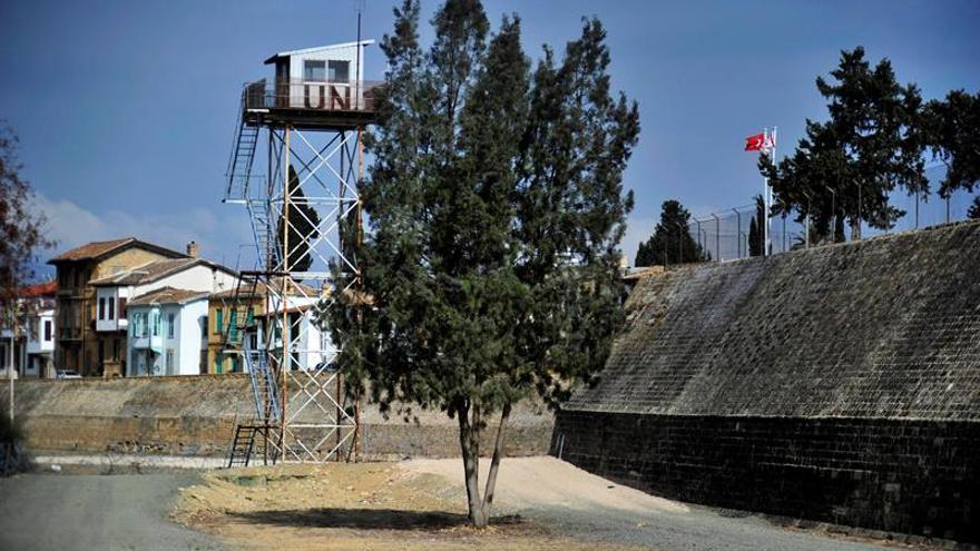 Los líderes greco y turcochipriota retomarán diálogo en Suiza el 20 de noviembre