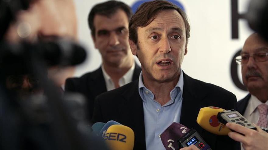 Hernando(PP) señala que Aguirre no se inventa que Podemos busca cambiar la Constitución