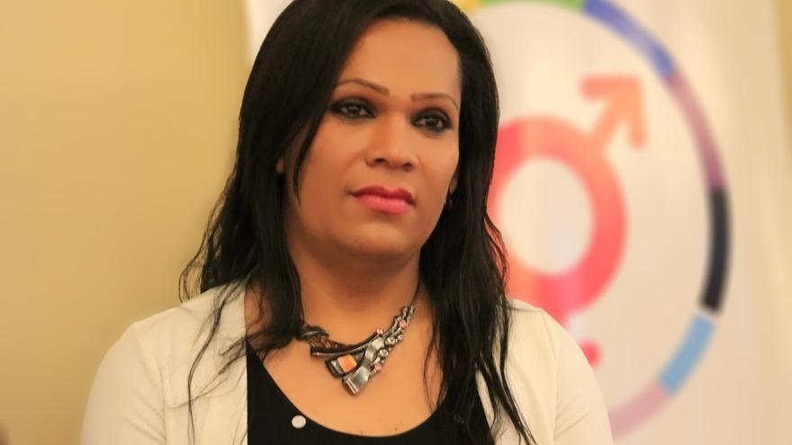 Karla Avelar ha sufrido durante décadas la violencia y el acoso en El Salvador © comcavis