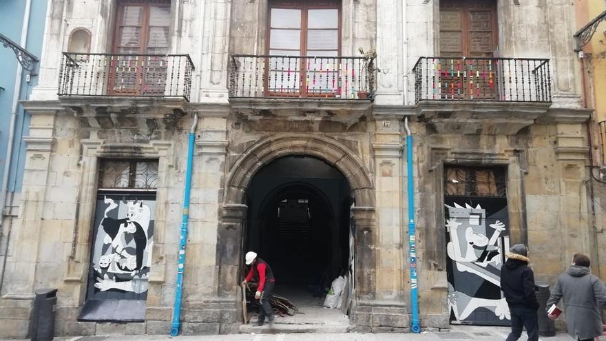 El juicio contra 22 investigados por la ocupación del Palacio del Marqués de Rozalejo se celebrará el 9 de mayo