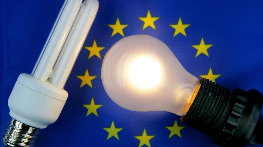 El precio de la luz marca un nuevo máximo histórico con más de 106 euros/MWh