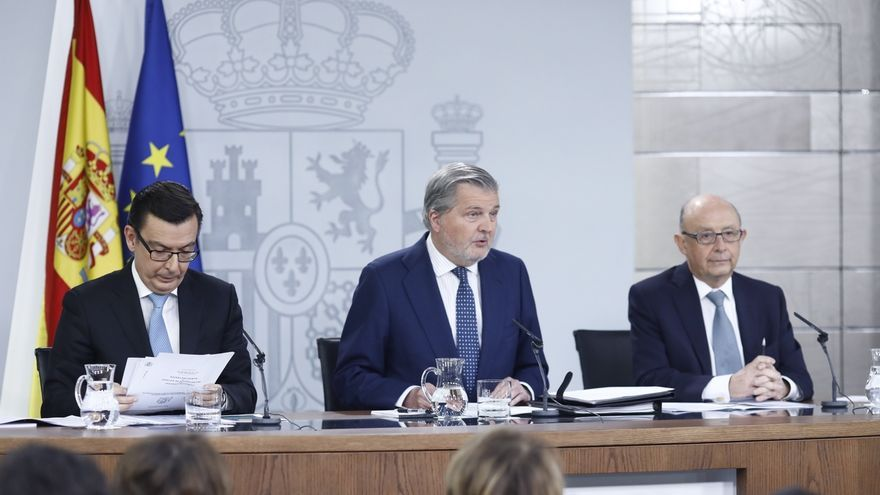 """Montoro afirma que España saldrá """"seguro"""" este año del procedimiento de déficit excesivo"""