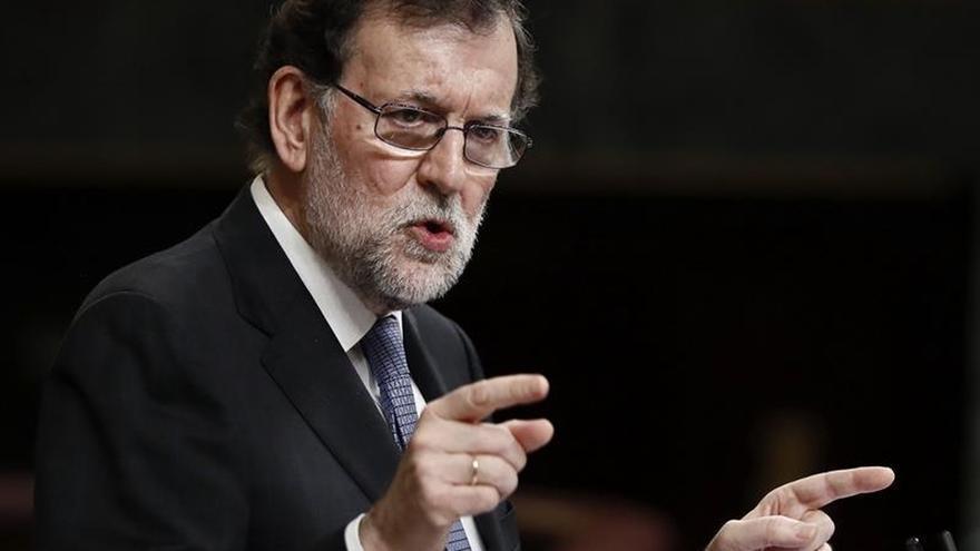 El Gobierno y PSOE coinciden en pedir a ETA que se desarme sin concesiones