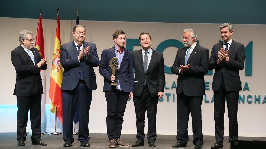 Entrega de premios con motivo del Día de la Enseñanza / JCCM