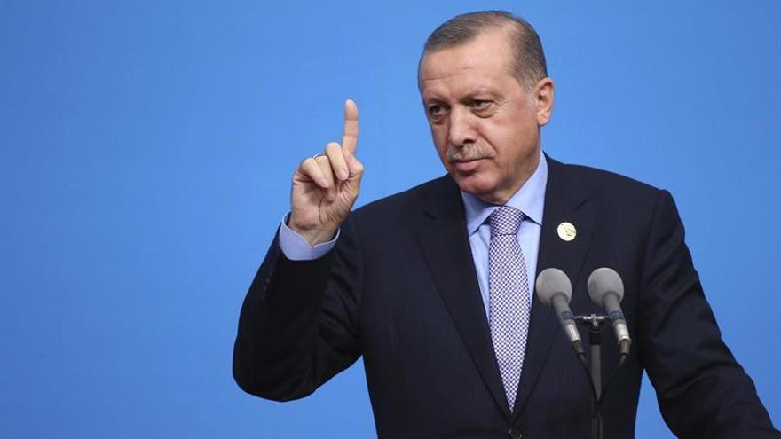 EE.UU. niega apoyar a grupos terroristas en Siria, tal como dijo Erdogan