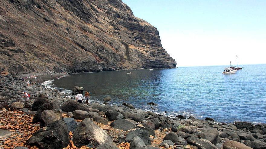 Playa de Masca, en una imagen de archivo y con marea alta.