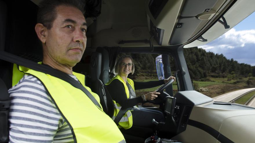 Eugenia y José Antonio, pareja de transportistas