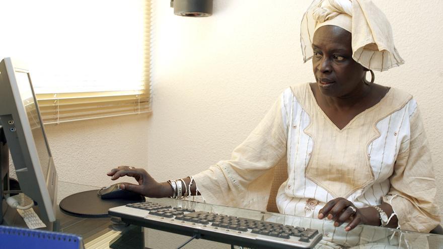 """La senegalesa Madjiguene Cissé, promotora de la """"Ciudad de las mujeres"""" de Dakar"""