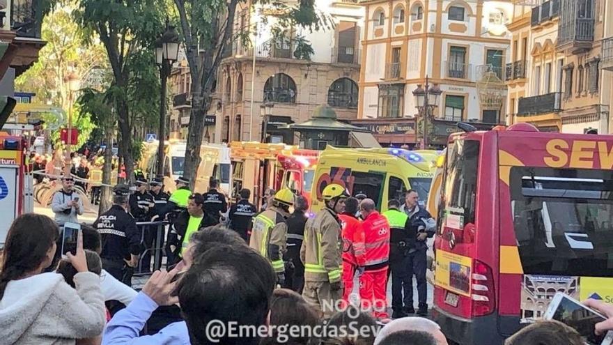 """La Agrupación de Conductores alerta de la """"inseguridad"""" de transitar autobuses por el cent ..."""
