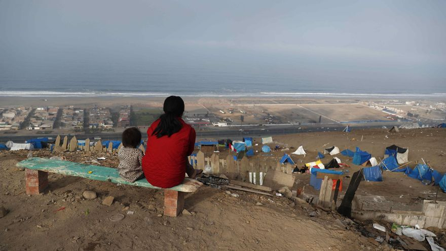 Invasores por necesidad: La deuda eterna de Perú con las viviendas sociales