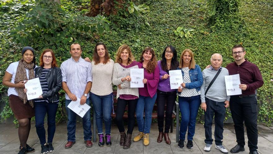 Miembros de la candidatura a las Primarias de Podemos 'Todas, a ganar 2019' durante la presentación del Plan económico Fernando Sagaseta.