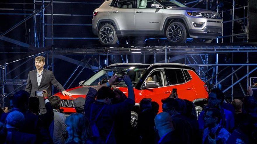 Jeep espera que Trump consulte con el sector del motor para tomar decisiones