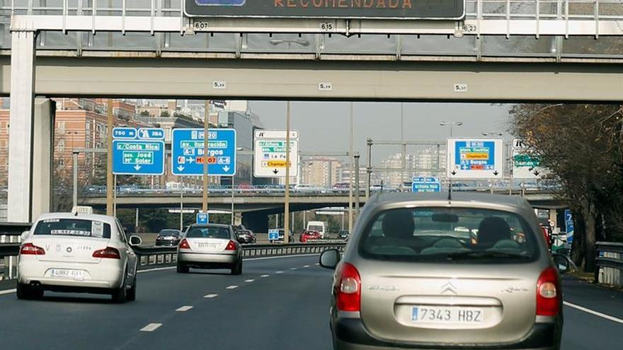 Mañana no se podrá aparcar en el centro de Madrid ni circular a más de 70 km/h