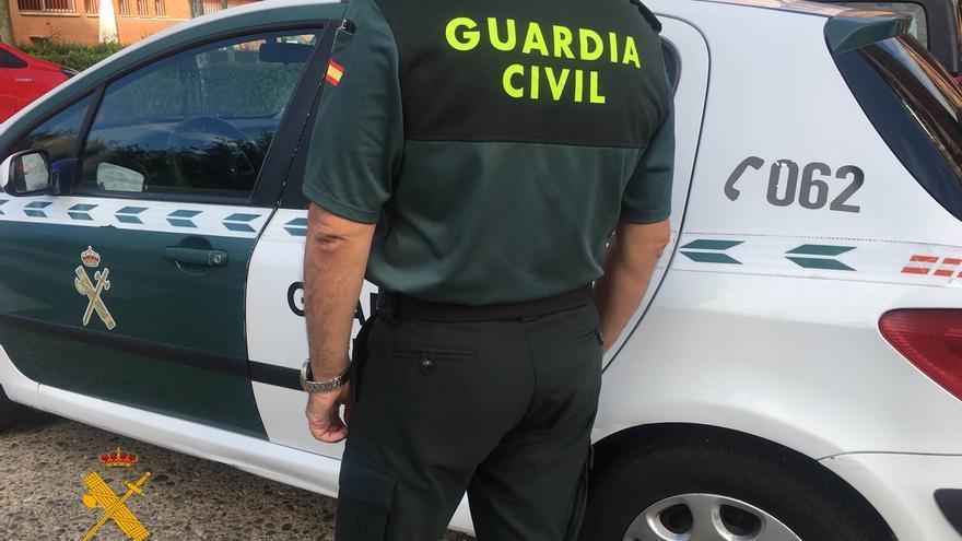 Detenido un varón acusado de amenazar de muerte y atentar contra guardias civiles en Villa del Río