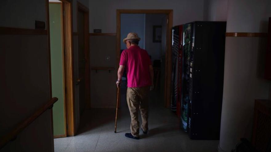 El Gobierno y las comunidades aprobarán el plan de Alzheimer y el reparto del IRPF