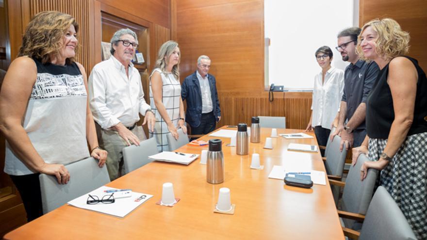Los representantes de CHA, PSOE, Podemos e IU volvieron a reunirse ayer.