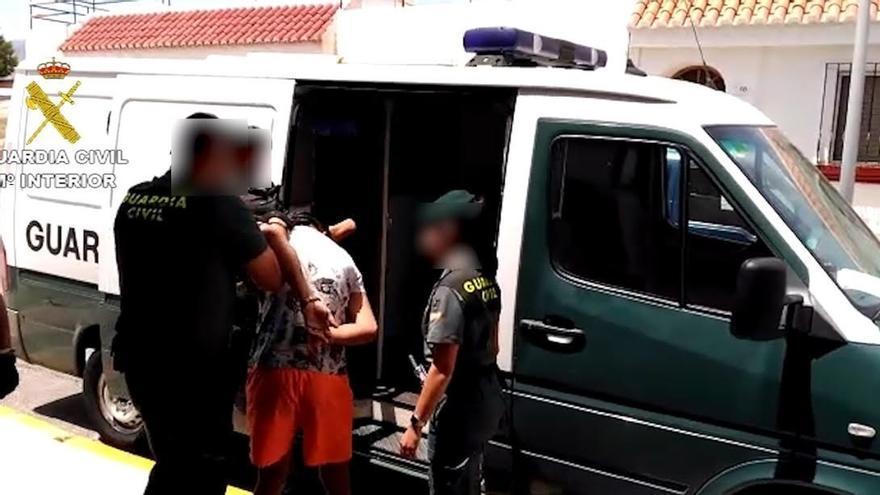 Desarticulado un grupo organizado de ladrones de casas y esclarecidos 24 robos en Almería y en Granada
