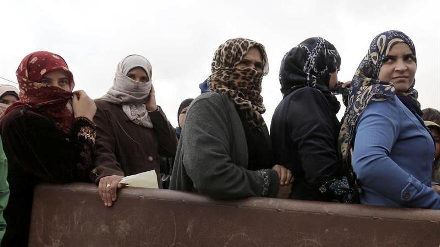 Un grupo de refugiadas sirias
