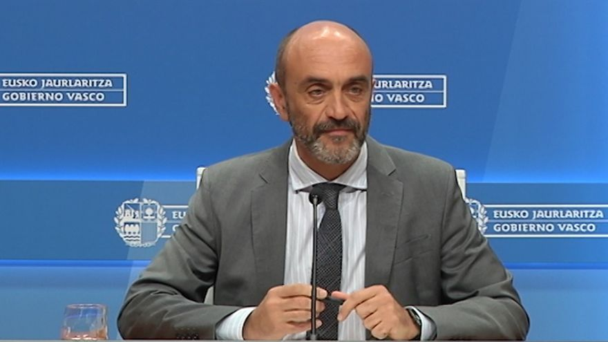 El doctor Mikel Sánchez, portavoz del Departamento de Salud