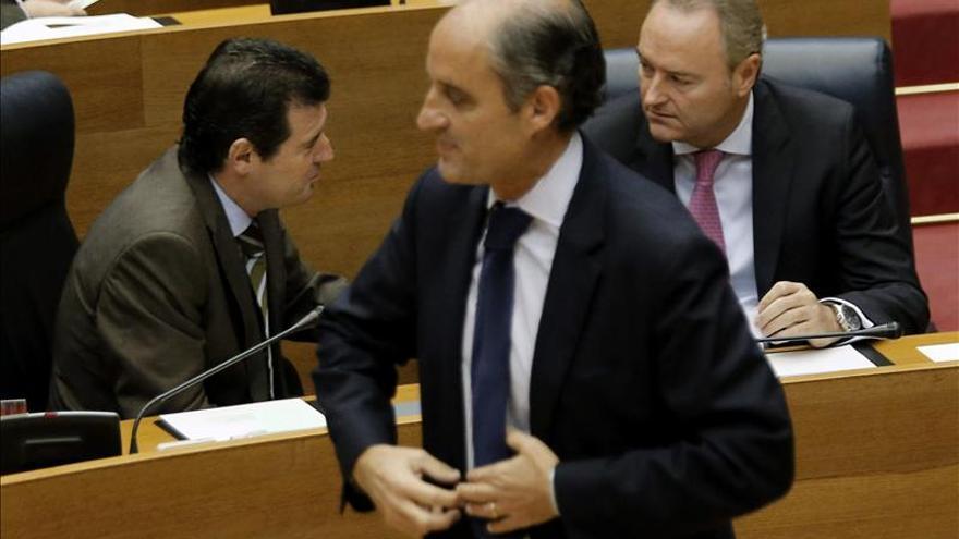 """Camps dice que en dos años sólo ha recibido """"un papel"""" judicial de Mallorca"""