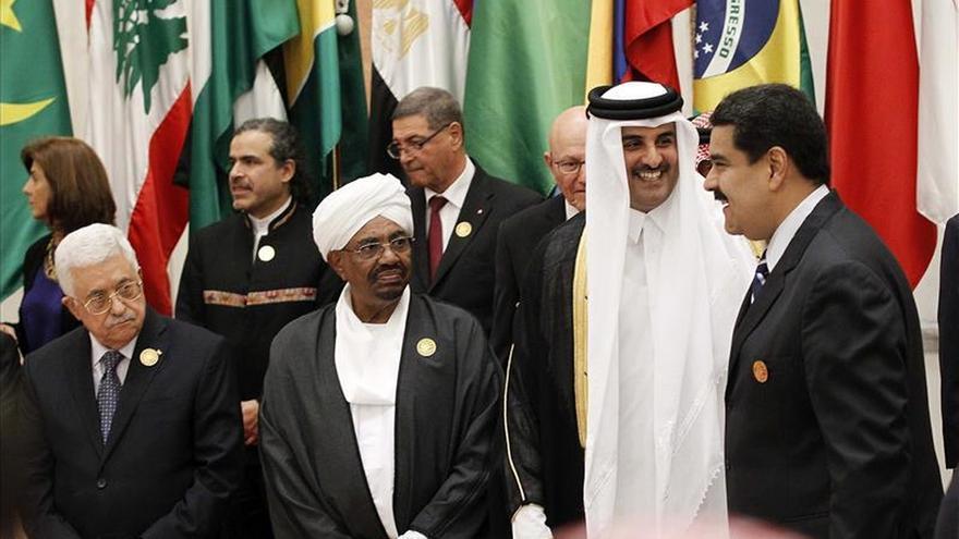 """Maduro insta a crear un mecanismo para establecer un """"precio justo"""" del petróleo"""