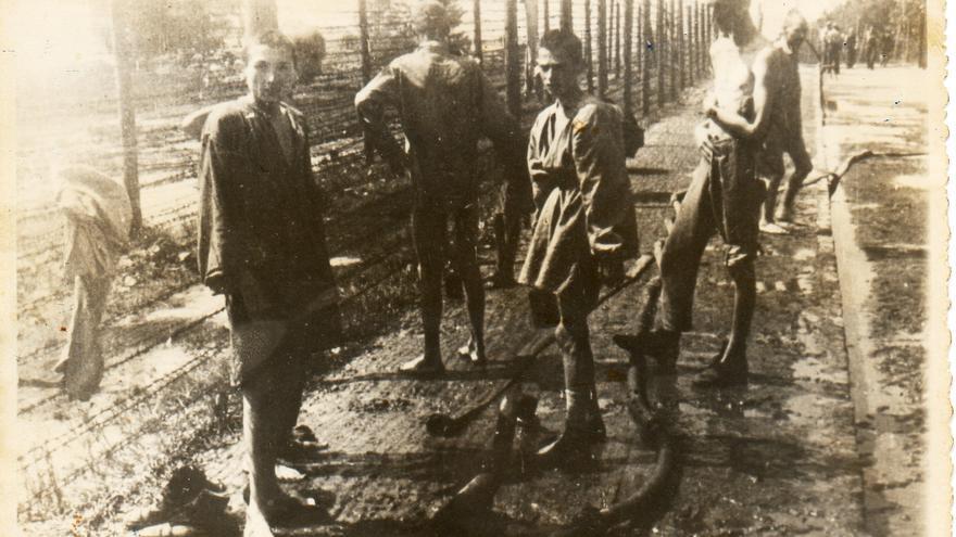 Otra de las fotos mostrando el estado en que se encontraban los supervivientes / Cortesía de Arturo Carreño.