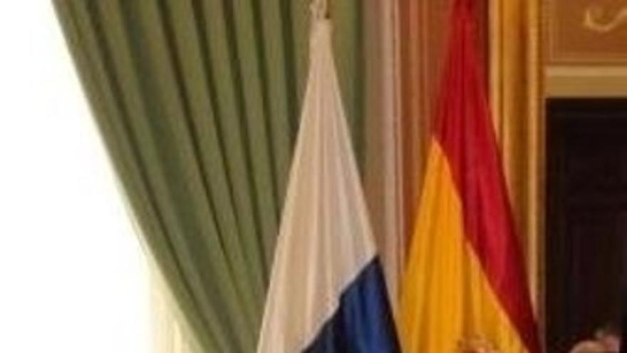 La Delegada Del Gobierno En Canarias, María Del Carmen Hernández Bento