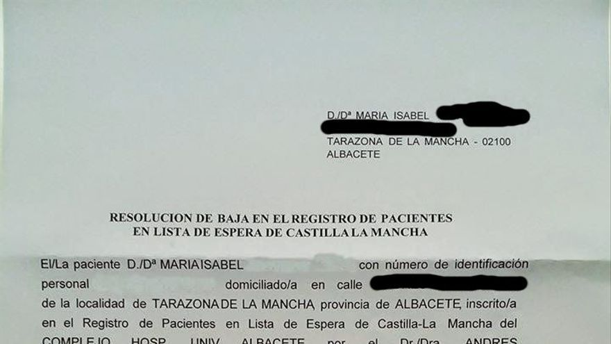 Carta expulsando a una paciente de las listas de espera del SESCAM