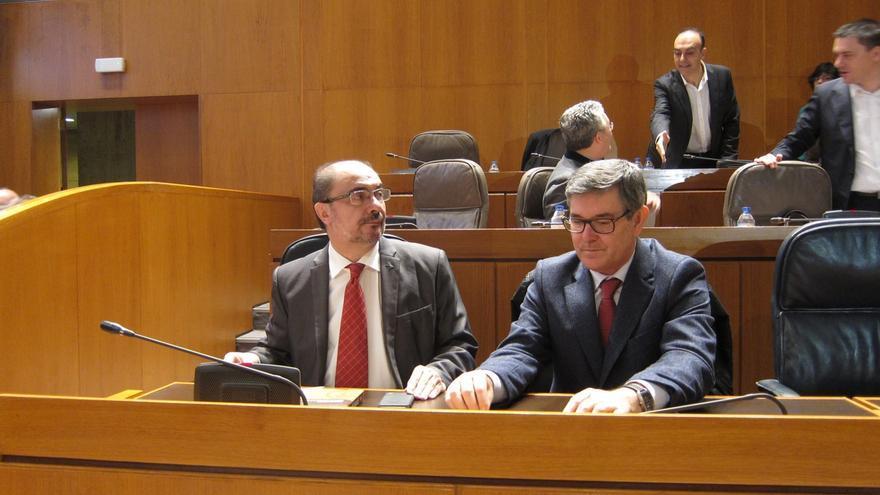 Lambán expresa su lealtad a Pedro Sánchez e insiste en que el PSOE no pactará si se cuestiona la unidad nacional