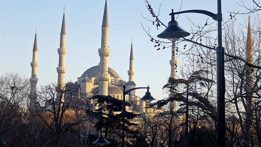 El turismo en Turquía cae un 40 % en junio, el mayor desplome en 22 años
