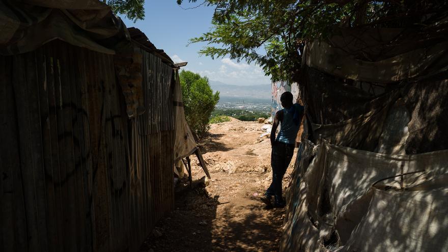 Camp Cano es uno de los 45 campos de desplazados que hoy siguen abiertos en Haití | Fotografía: Borja Moncunill