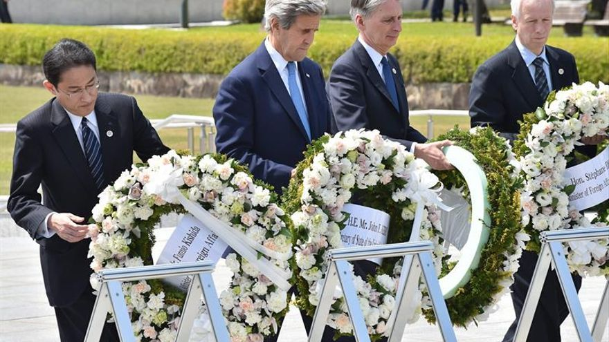Histórico homenaje de Kerry a las víctimas de la bomba atómica en Hiroshima