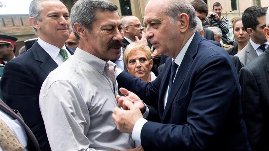 Fdez. Díaz expresa su apoyo a los Mossos y critica al Ayuntamiento por Gràcia
