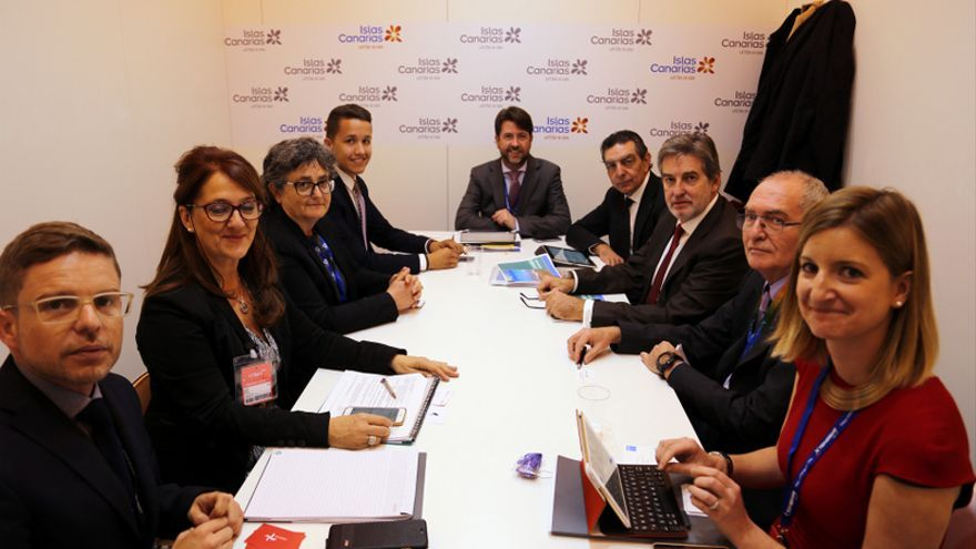 Reunión de la delegación tinerfeña con representante de Travel Brand