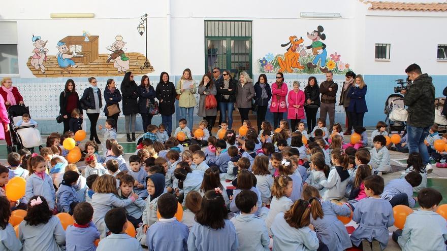 Los colegios concertados palmerinos leen un manifiesto en defensa de esta enseñanza