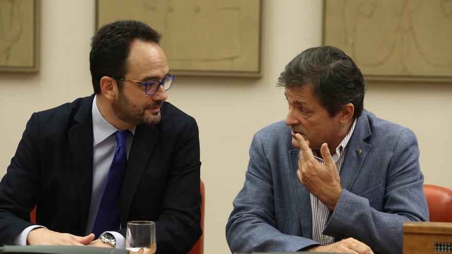 Antonio Hernando avisa a sus diputados: No cabe libertad de voto ni abstención mínima porque el partido fijó la decisión