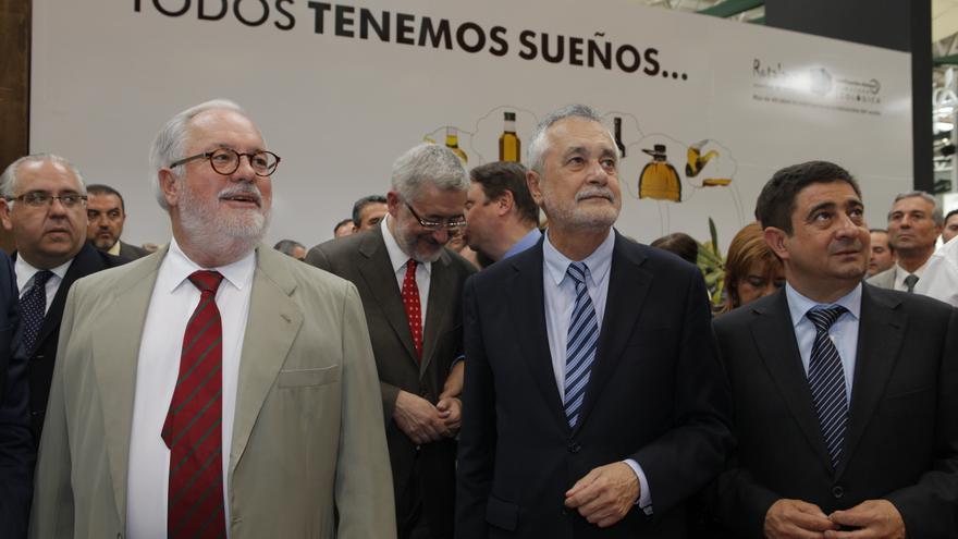 El ministro de Agricultura, el presidente de la Junta y el de la Diputación de Jaén en Expoliva