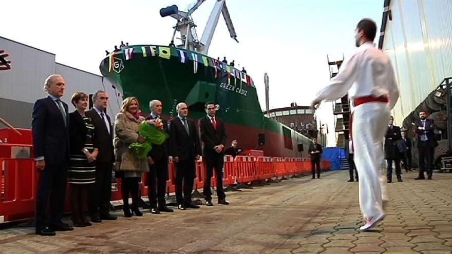 Astilleros Murueta bota el buque de recogida de residuos 'Green Cádiz'