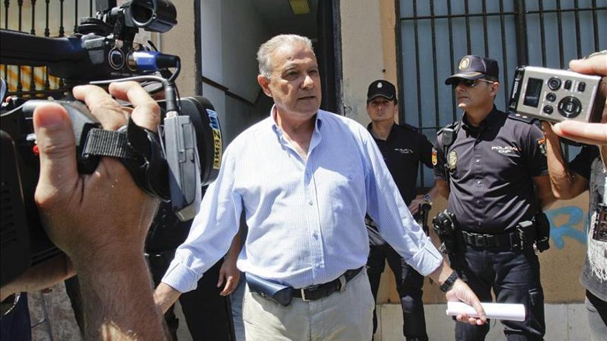 La Audiencia de Cádiz ordena que Alaya investigue al exconsejero Ángel Ojeda