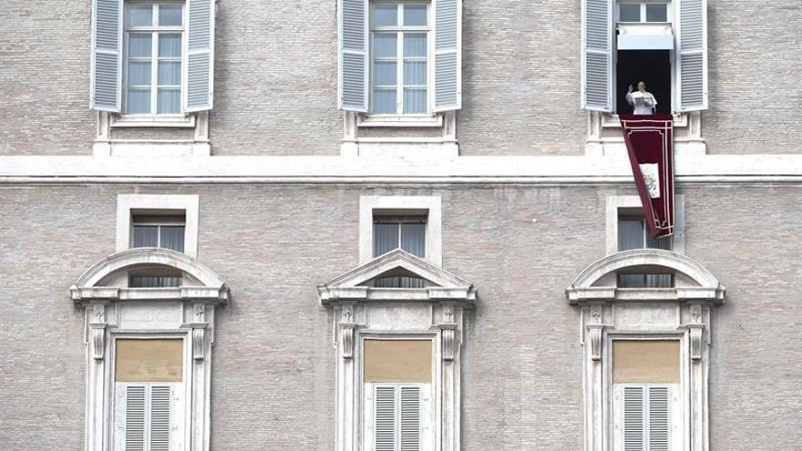 Francisco, el primer papa tuitero con más de 40 millones de seguidores