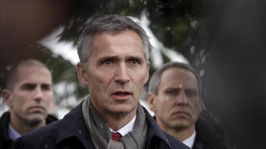 Stoltenberg denuncia la creciente actividad militar rusa en su visita a Lituania